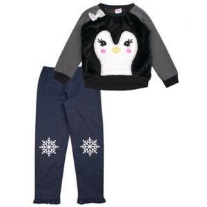 👧🏻Nannette penguin cozy top and legging set 6X